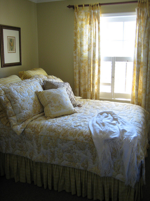 8 bedroom design tips to help you sleep better part 1 for Is higher thread count better
