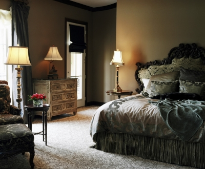 Bedroom Style Guide: Taupe